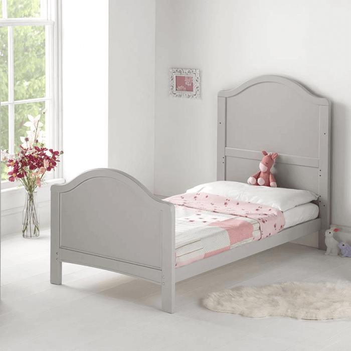 East Coast Toulouse Cot Bed - Lifestyle 2